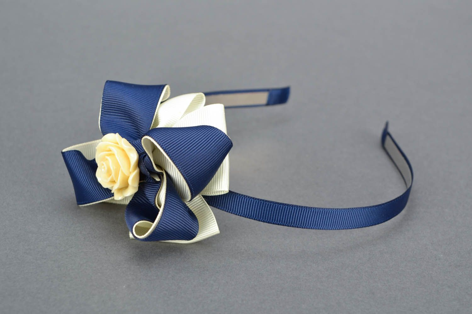 Headband with bow and flower photo 1