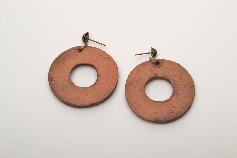 Серьги-кольца из глины фото 5