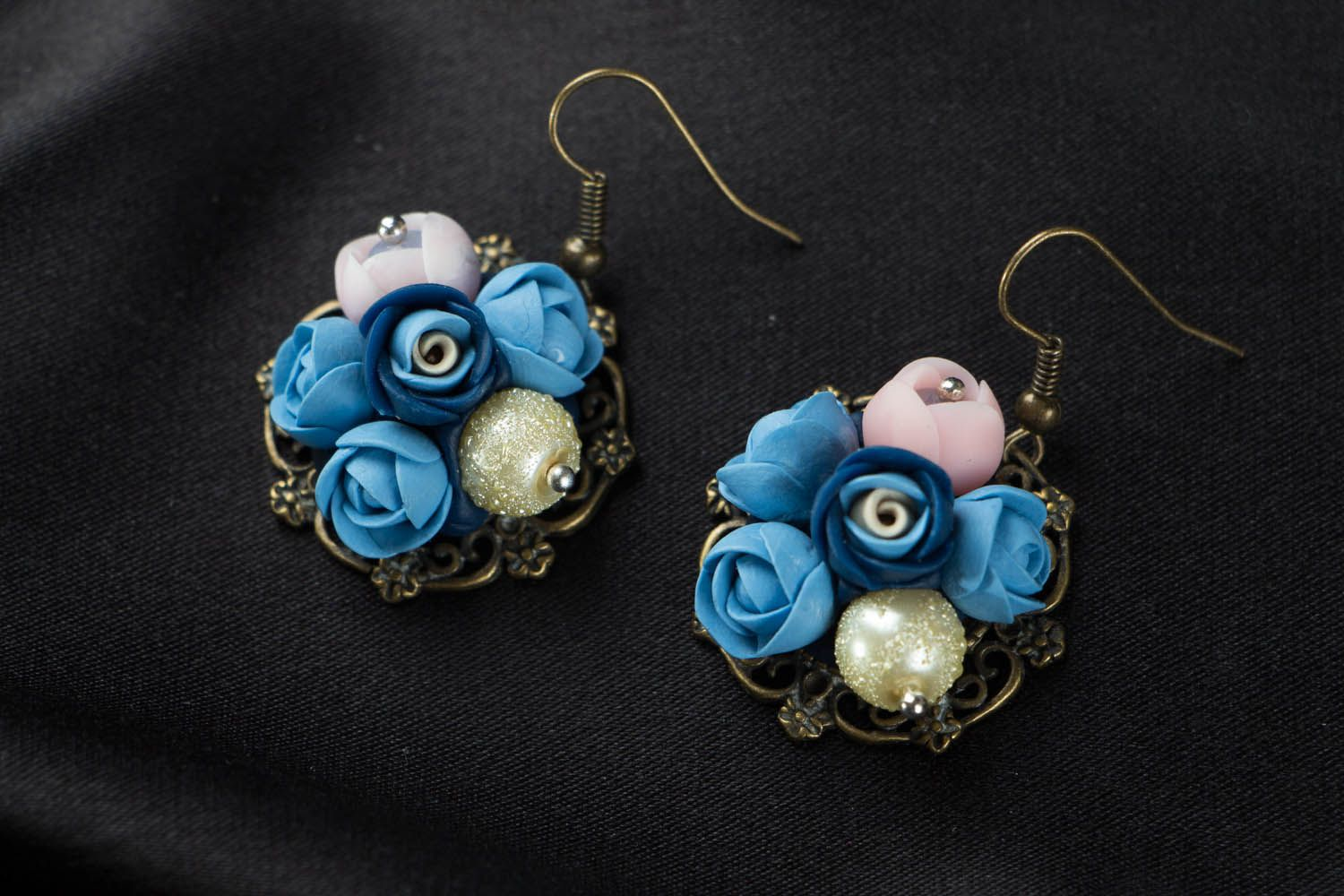 Flower earrings with charms  photo 1