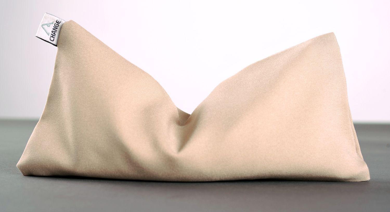 Yoga pillow with quartz sand photo 1