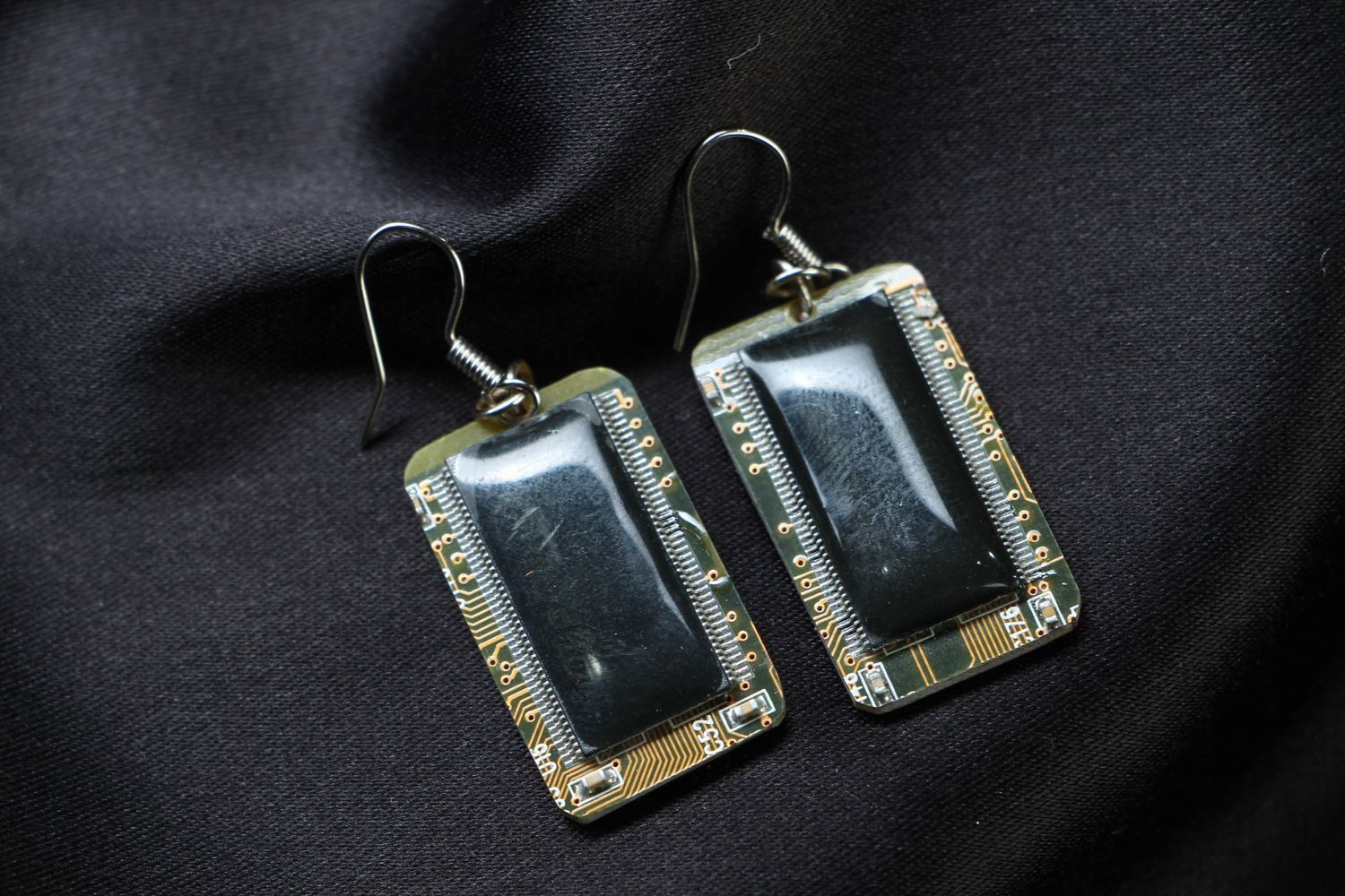 steampunk earrings Cyberpunk earrings with microchips - MADEheart.com