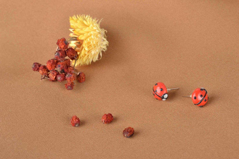 Серьги божья коровка из полимерной глины фото 1