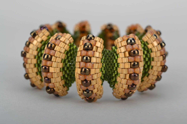 Relief beaded bracelet photo 3