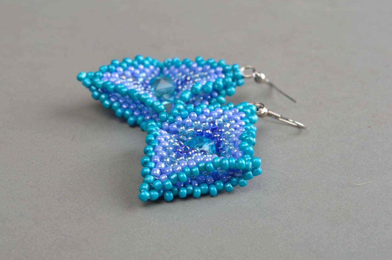 Massive blaue handgemachte Ohrringe aus Glasperlen für stilvolle Damen Quadrate foto 3