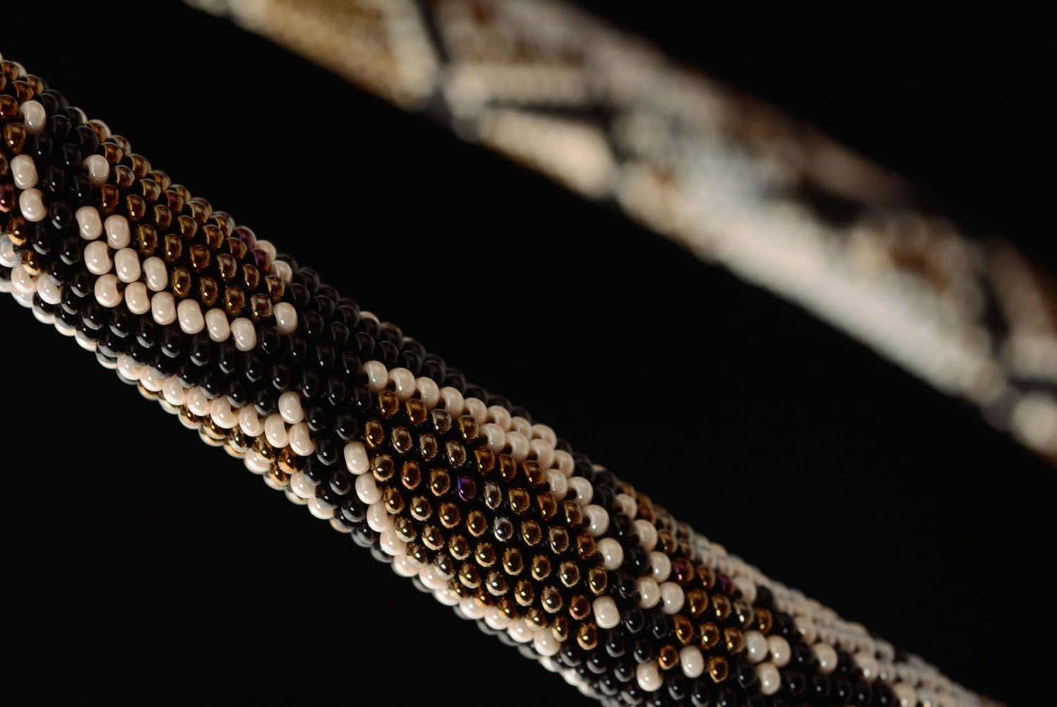 Beaded cord with python skin pattern photo 2