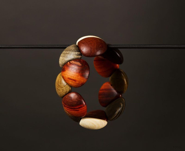 Wooden bracelet photo 1