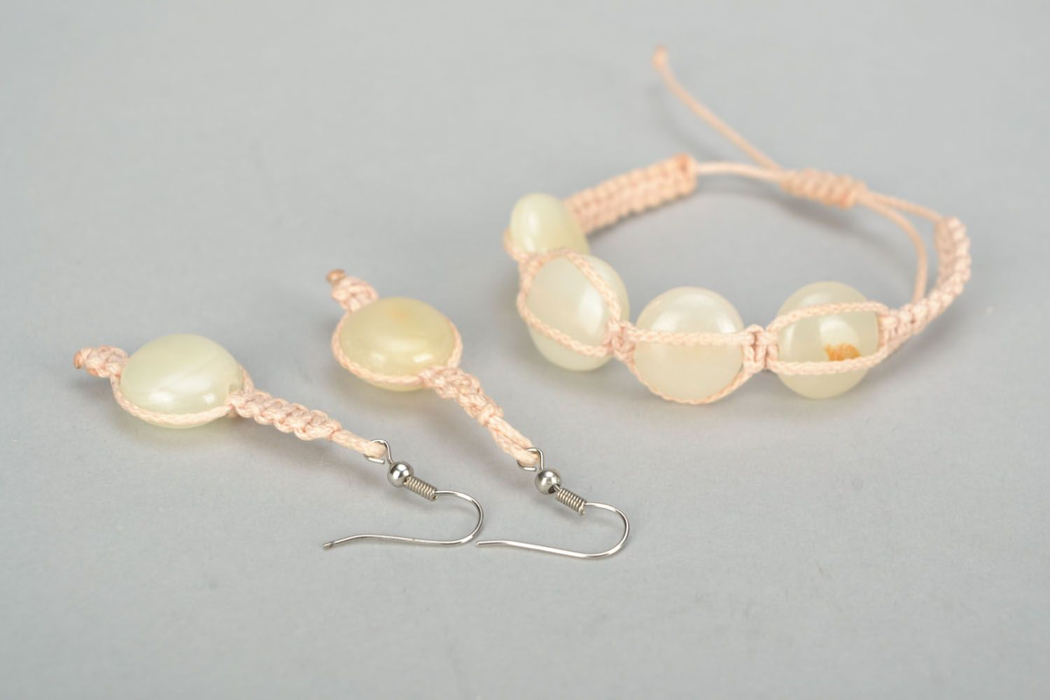 Jewelry set with natural stones photo 3
