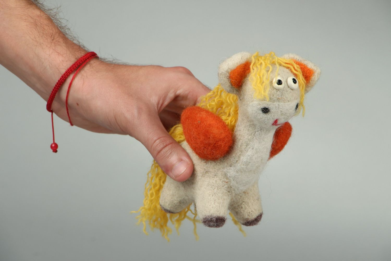 Pegasus made of wool photo 4