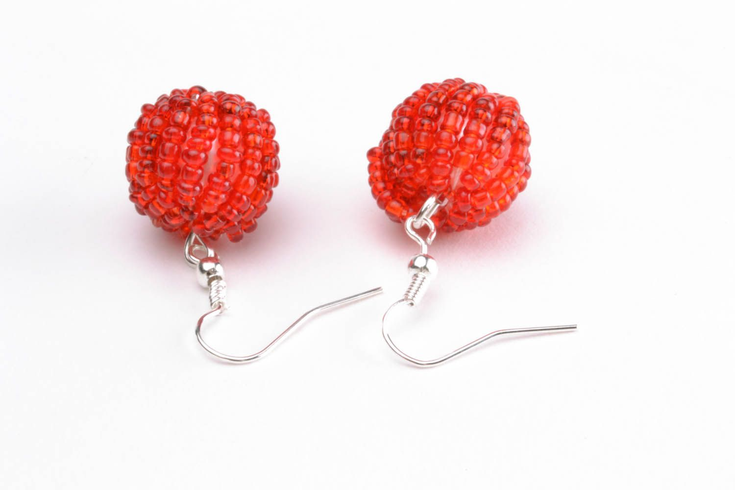 Earrings with red beads photo 4