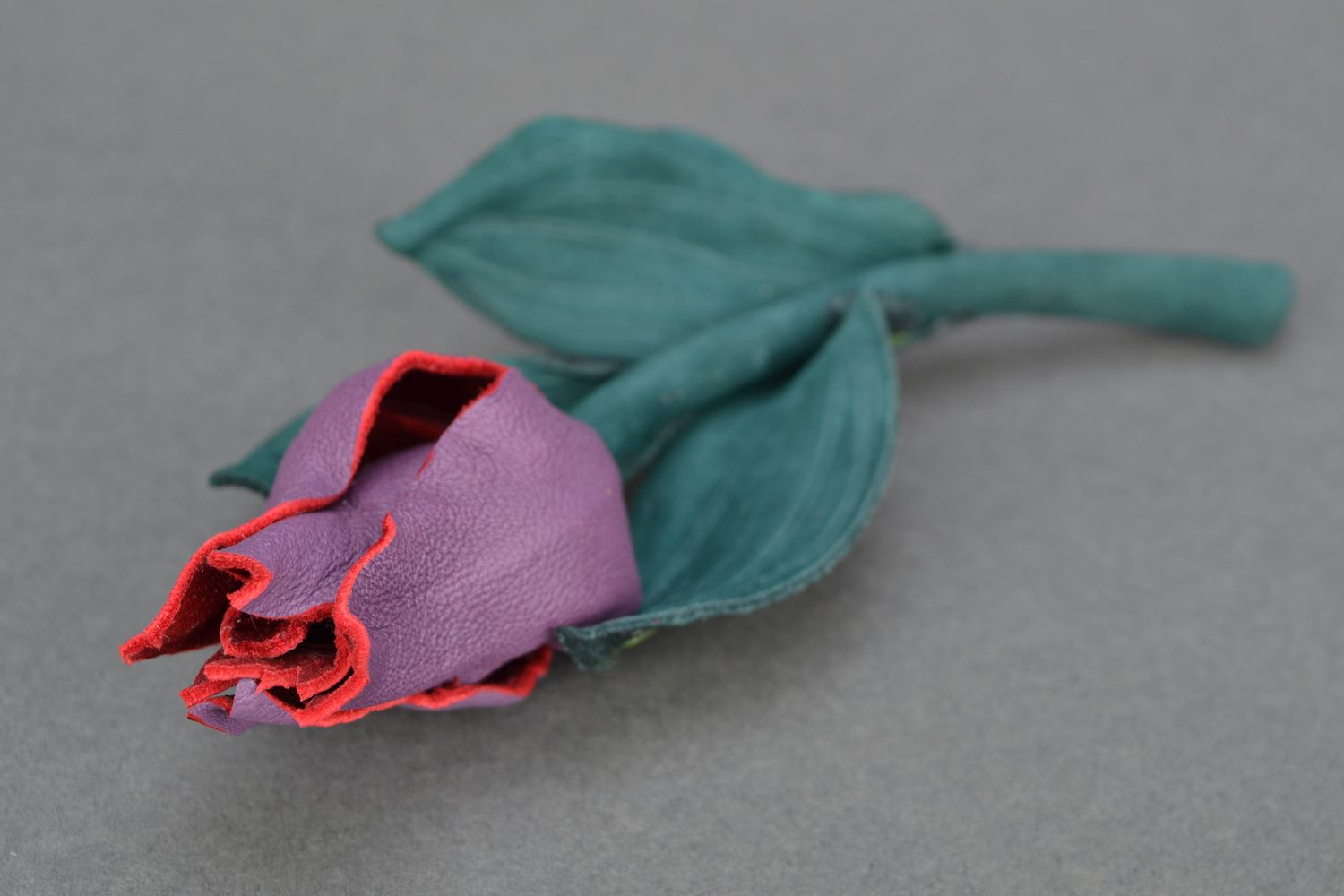 Beautiful leather brooch in the shape of tulip photo 3