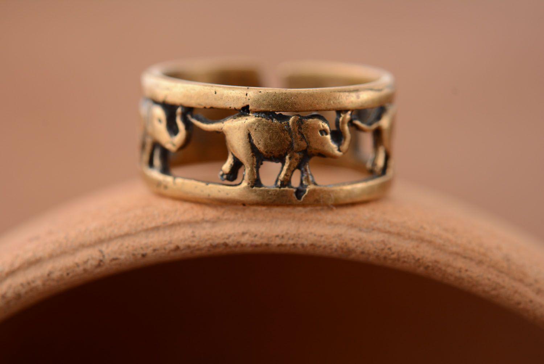 Bronze ring Elephants photo 1