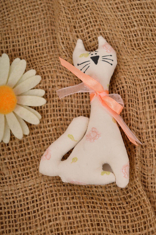 Beautiful souvenir magnet unusual handmade accessories decorative present photo 1