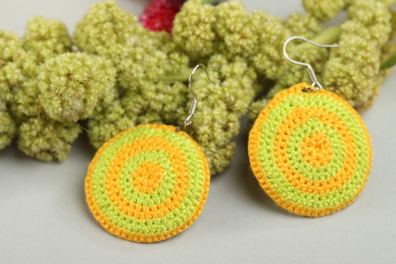 3e2e21de060a pendientes con colgantes Aretes tejidos en crochet hechos a mano pendientes  originales bisutería fina - MADEheart