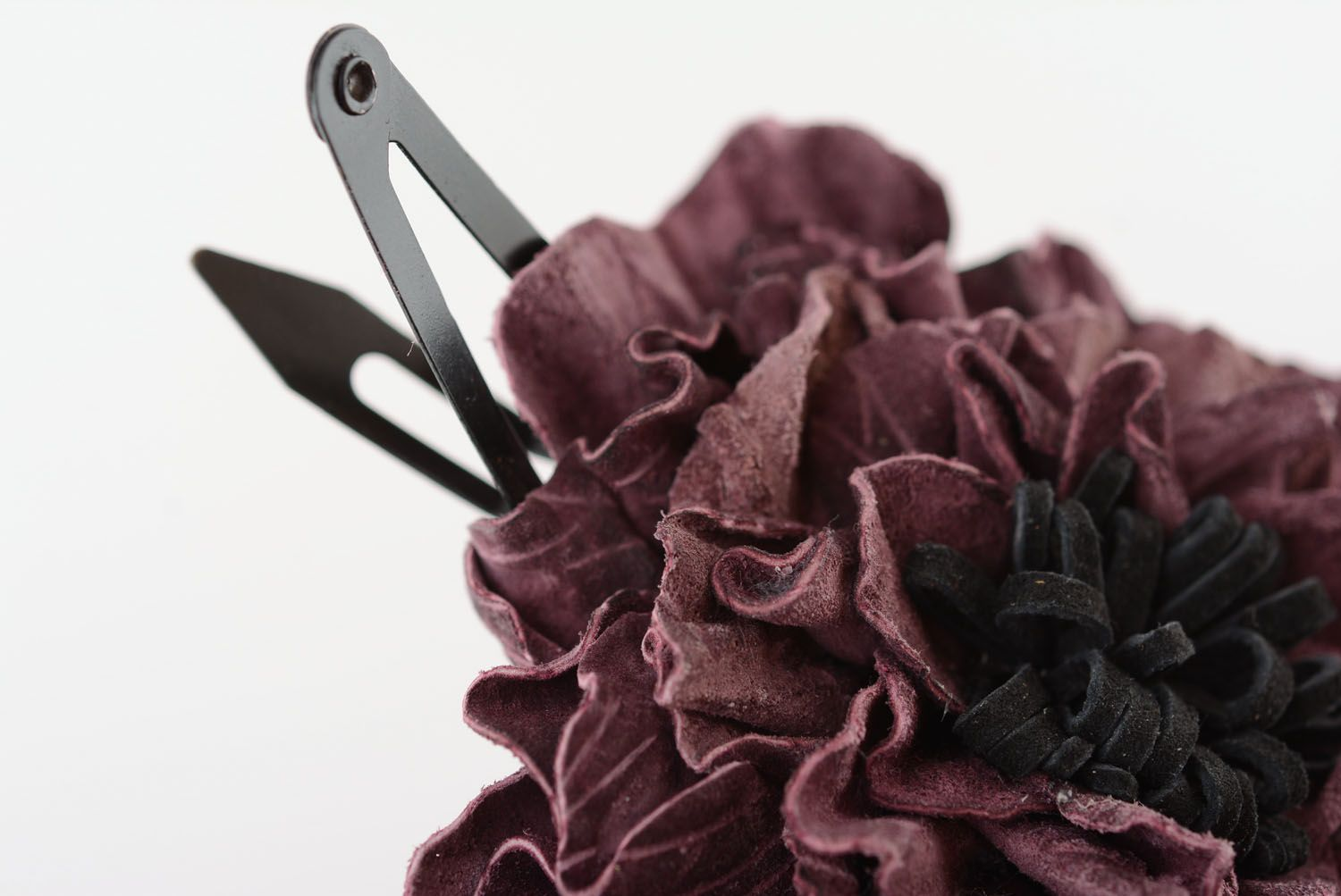 Leather hairpin with beautiful flower photo 4