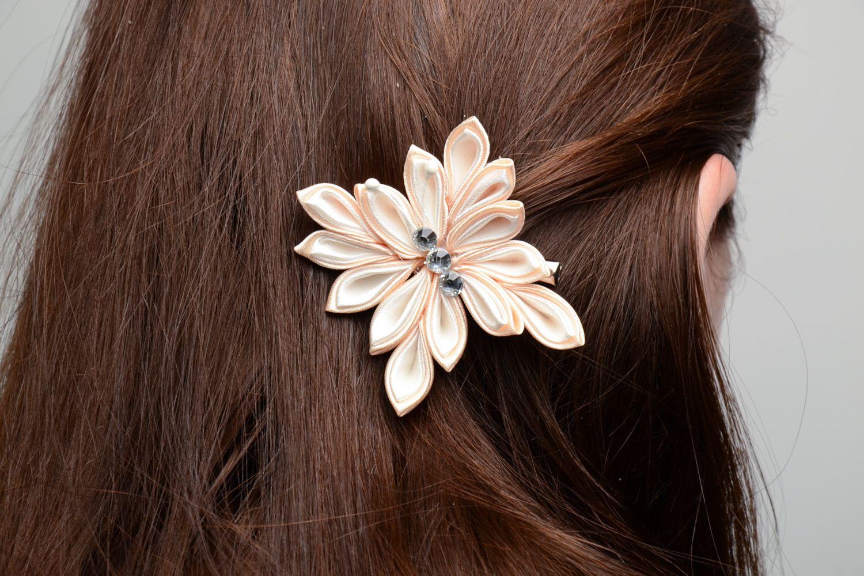 Kanzashi satin ribbon hair clip photo 5
