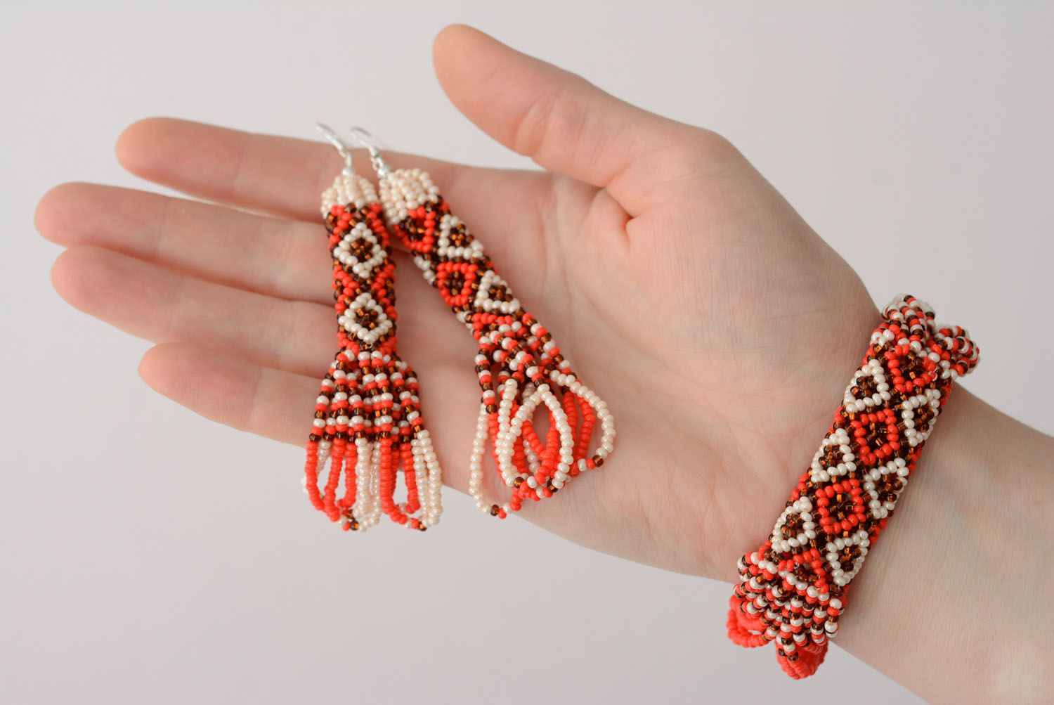 Homemade beaded jewelry set photo 4