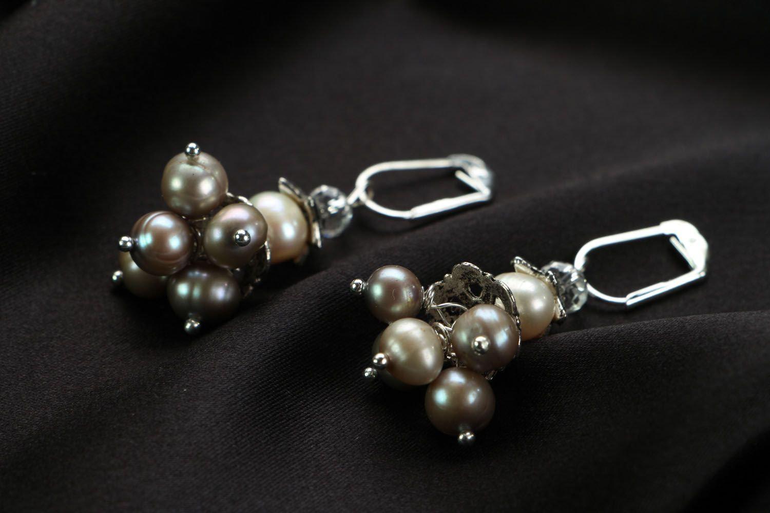 Earrings with whire river pearls photo 2