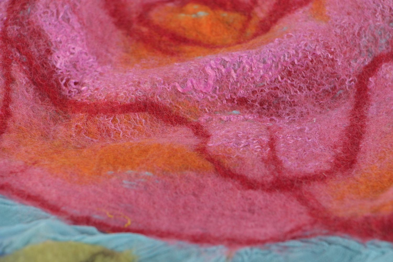 Tender handmade silk and chiffon blue scarf with felted wool pink flowers photo 3