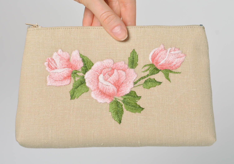 Сумки с вышивкой лентами Модные сумки 2018 17