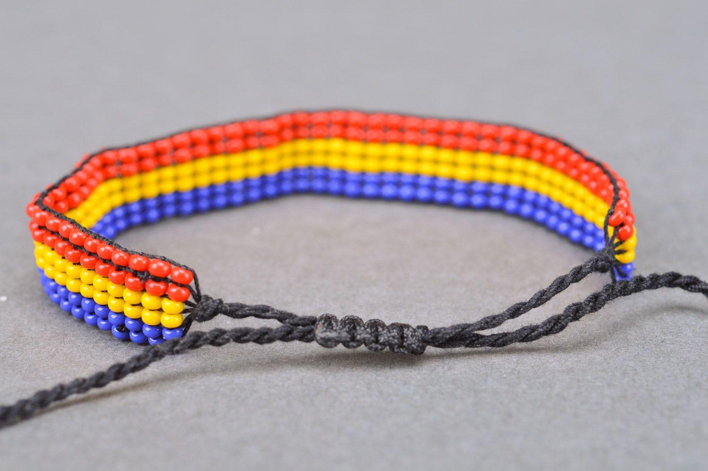 a1b92b473c1d pulseras de abalorios Pulsera de abalorios e hilos de tres colores artesanal  bonita estilosa de mujer