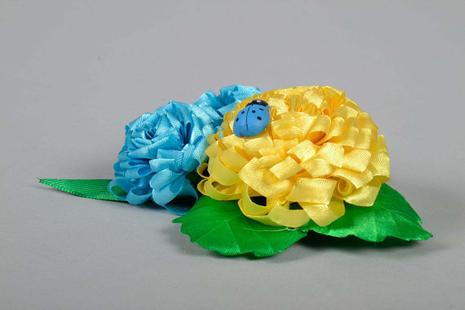 Large hair clip with flowers photo 3