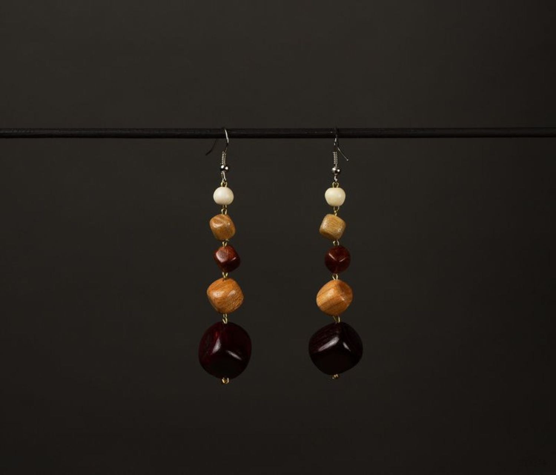 Long ethnic earrings made of wood photo 1