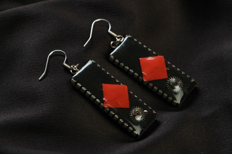 Long metal earrings with microcircuits photo 1