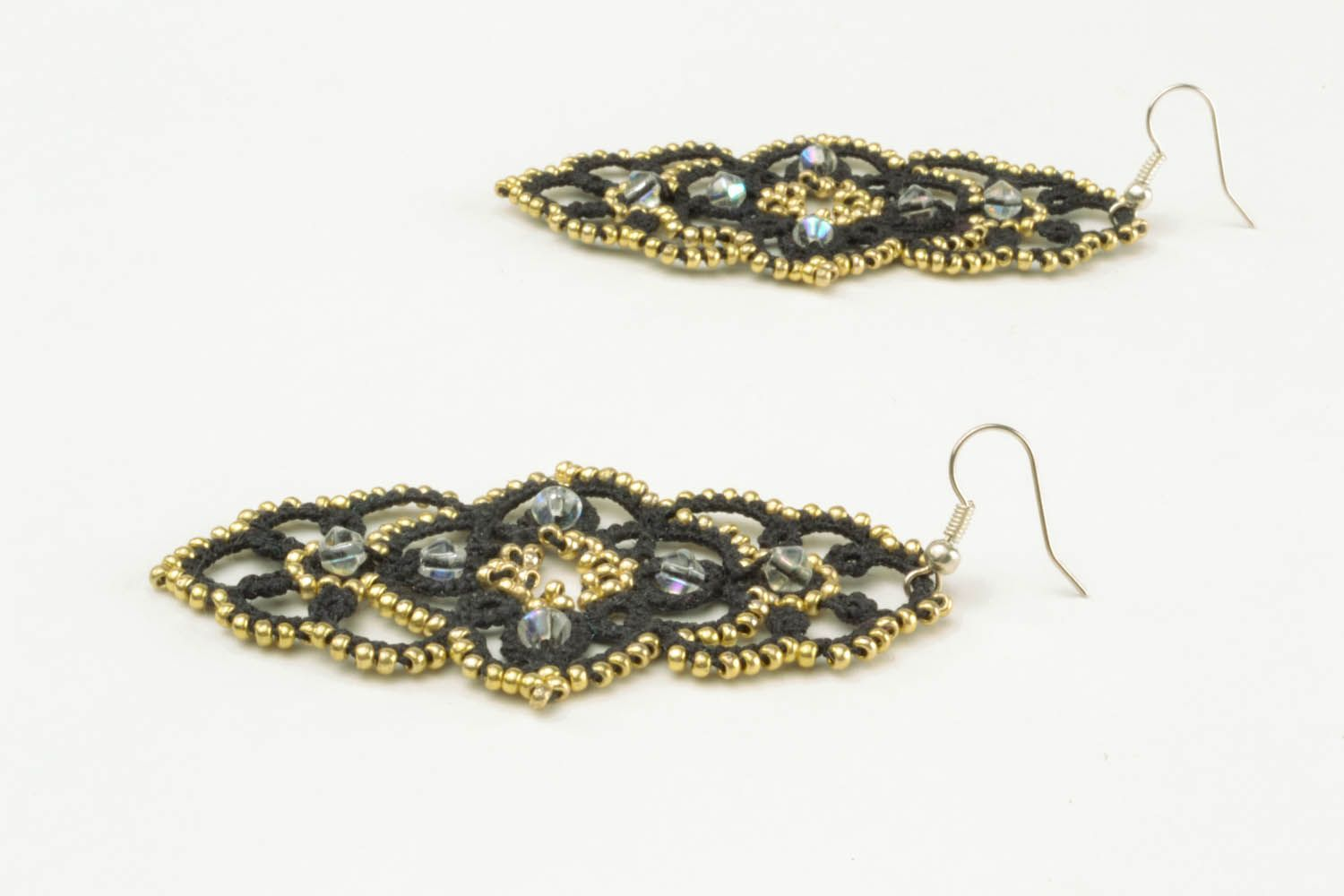 Lace dangle earrings photo 3