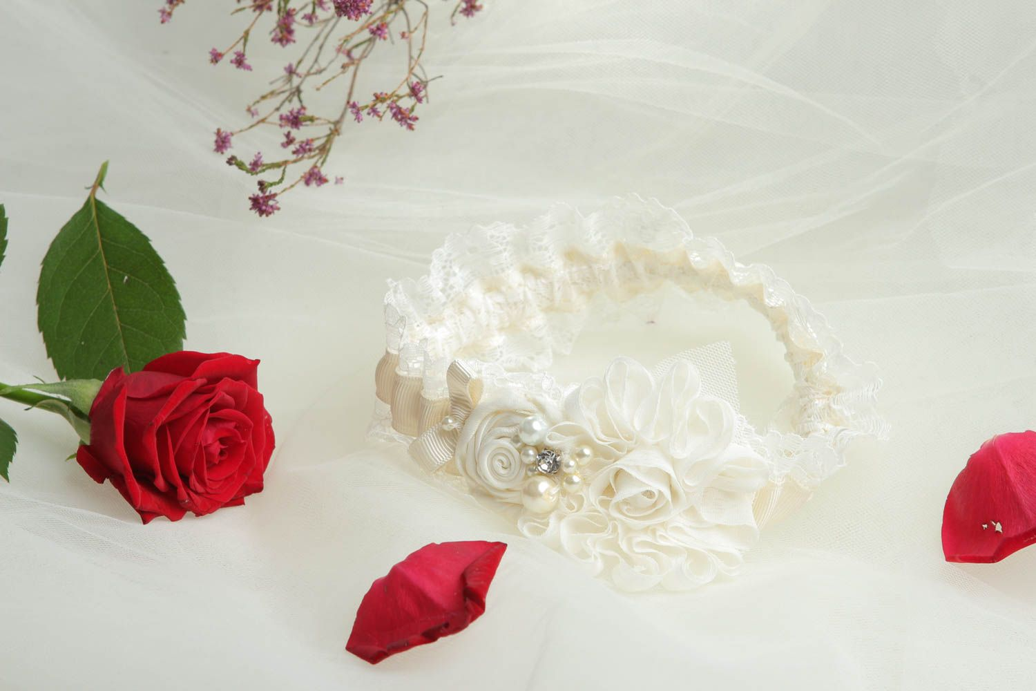 wedding accessories Unusual handmade bridal garter wedding garters handmade accessories for girls - MADEheart.com