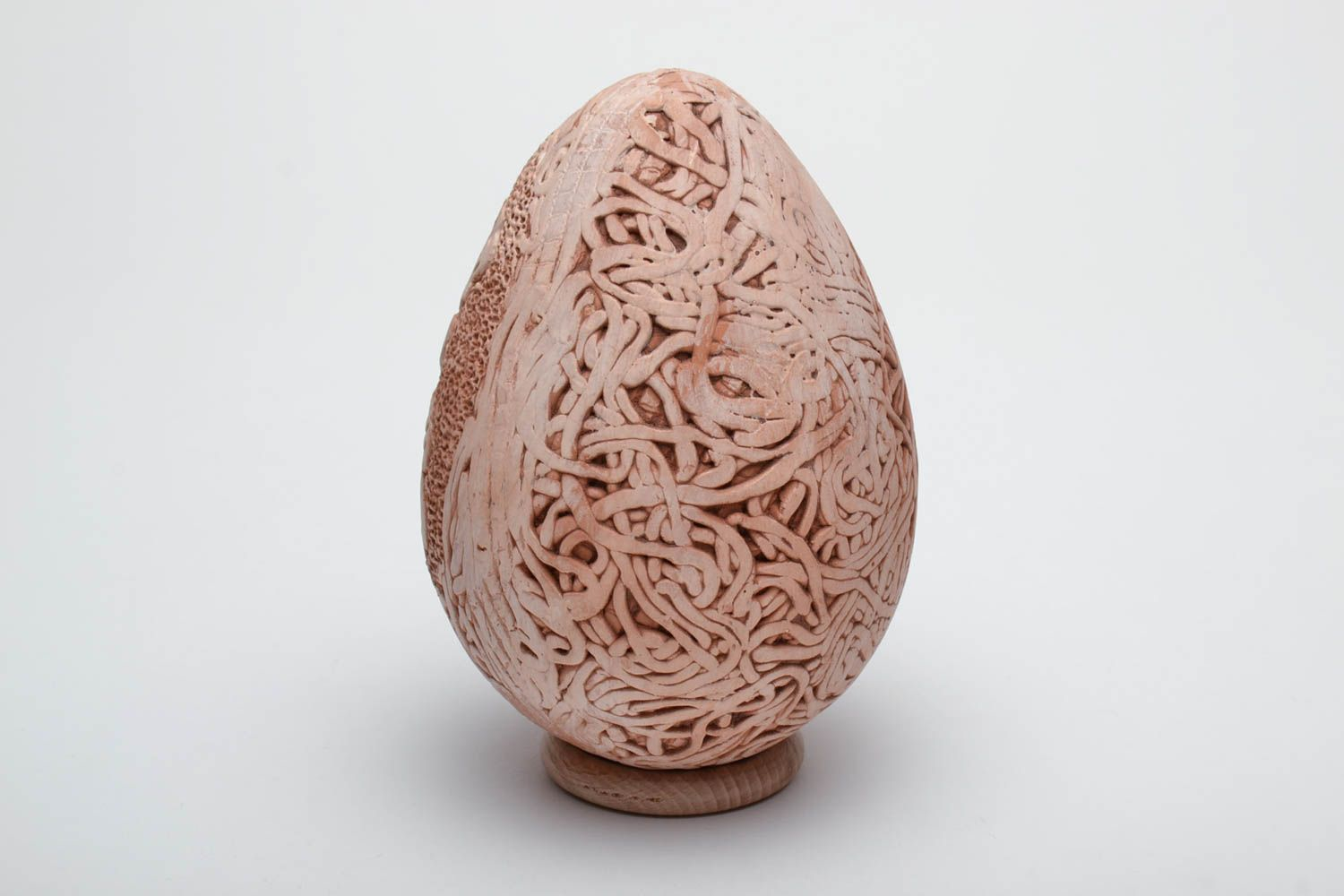 Clay Easter egg with with monograms photo 4