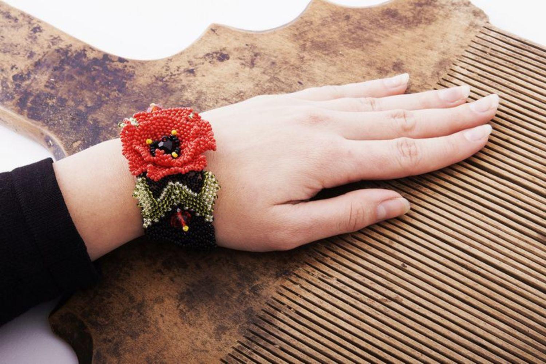 Beaded bracelet Poppy  photo 5