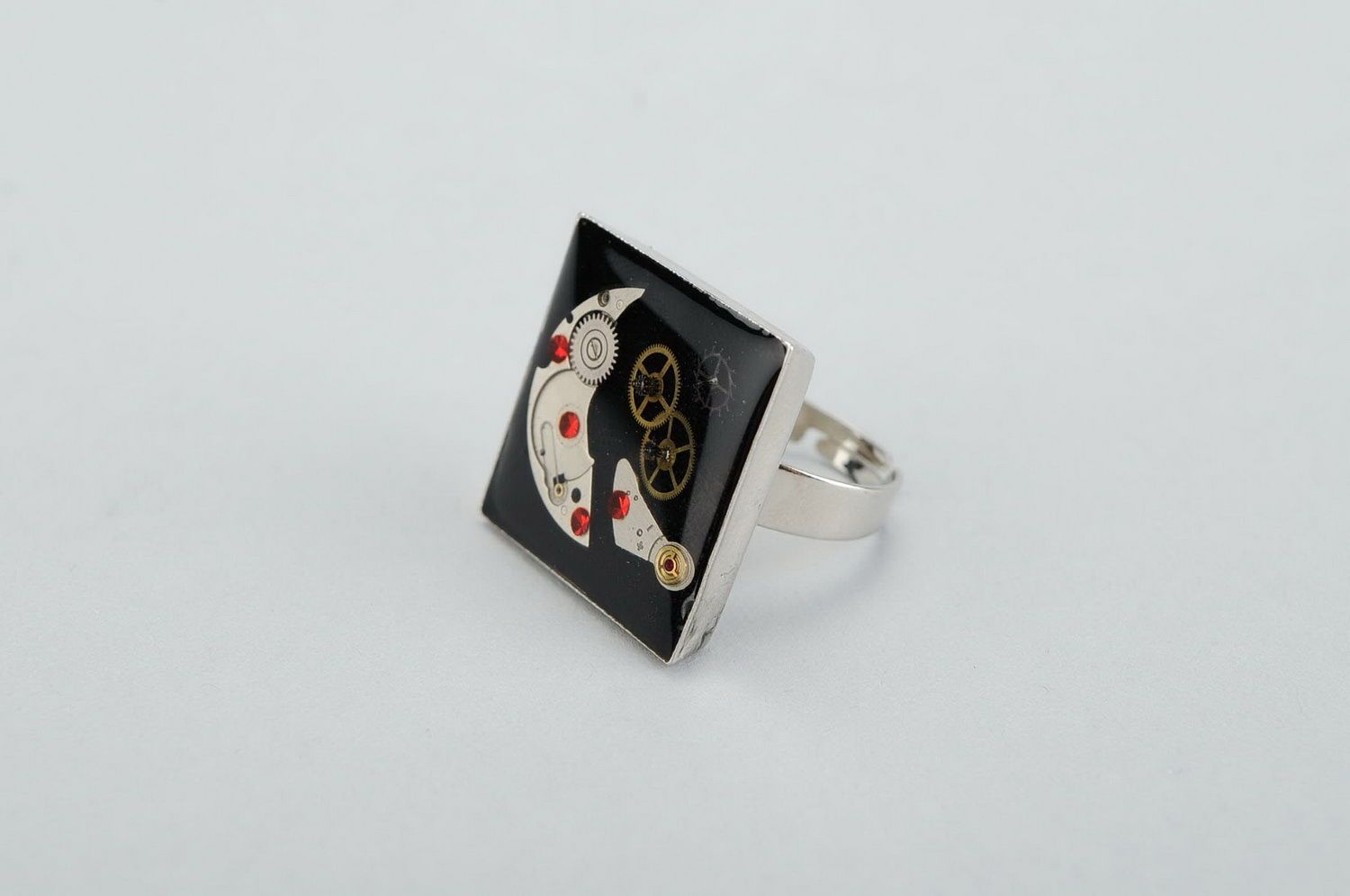 Steampunk ring photo 1