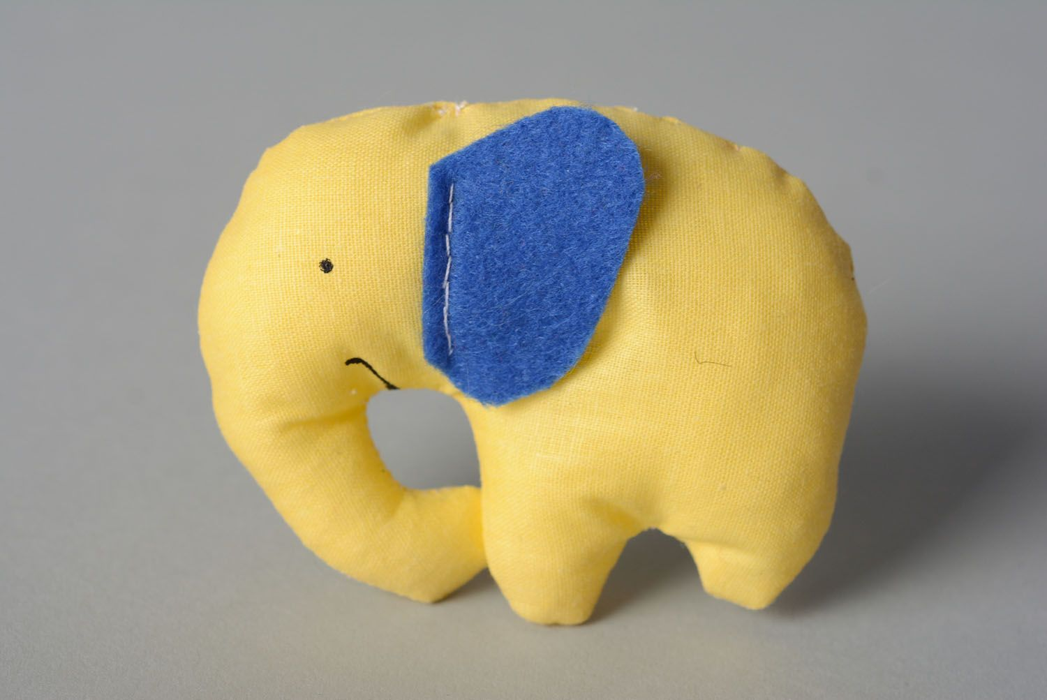 Textile toy Elephant Biscuit photo 1