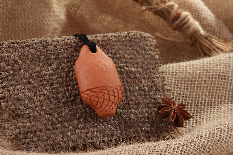 Ceramic tin whistle pendant, 3 sounds, spider line photo 1