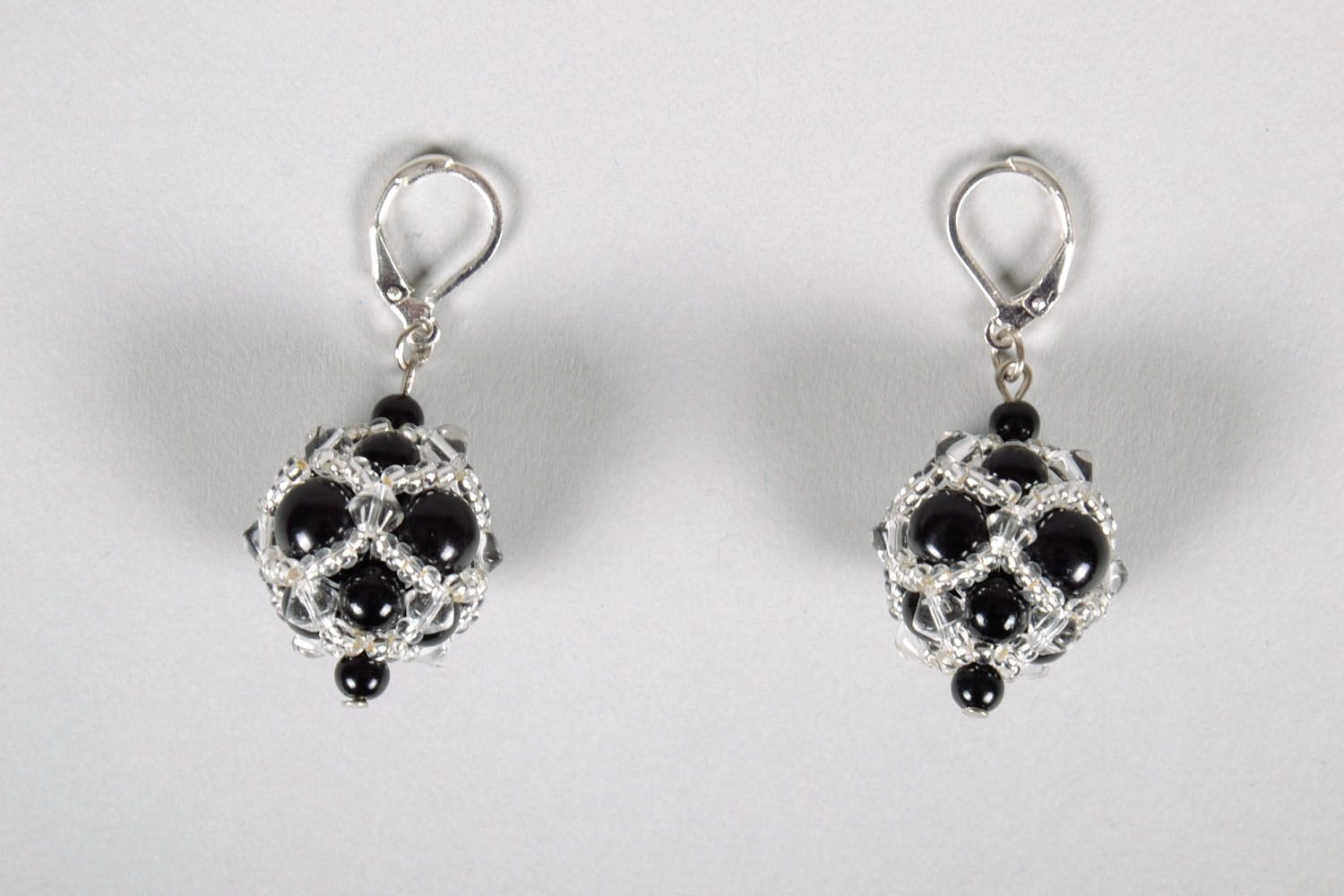 Evening earrings with black beads photo 2