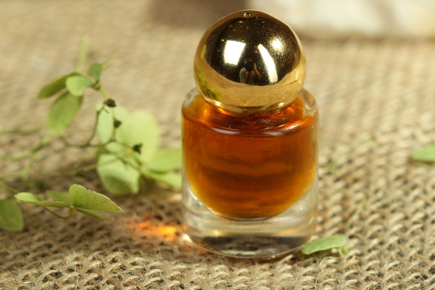 Perfume oil with flower aroma photo 3