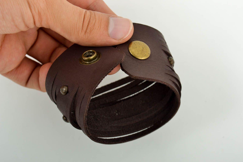 Широкий кожаный браслет хэнд мэйд интересный браслет на руку украшение из кожи фото 5