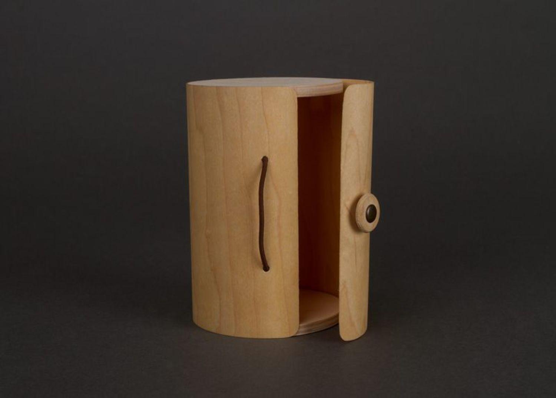 Box made of birch bark wood photo 5