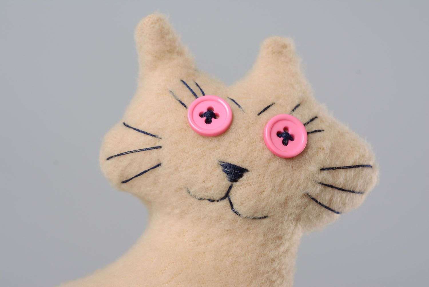Soft toy in the shape of cat photo 2