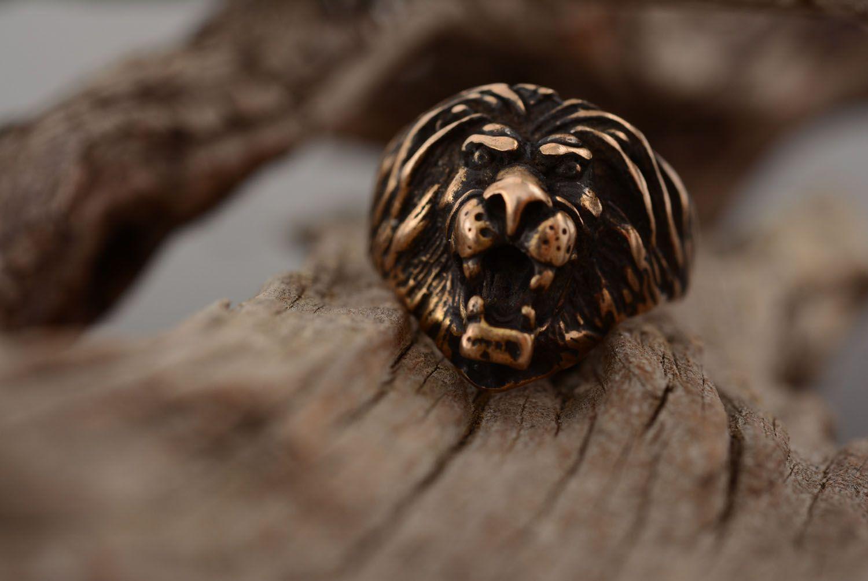 Bronze ring Lion photo 1