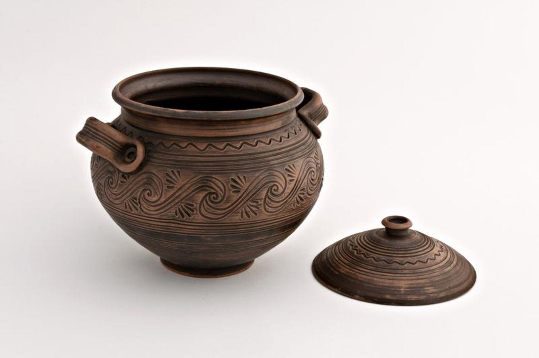 Clay pot photo 2