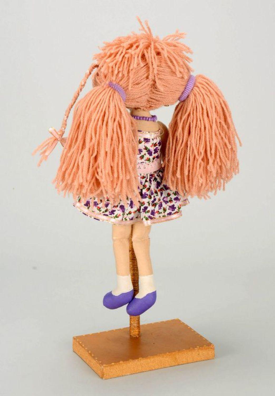 Fragranced doll in lilac dress photo 5