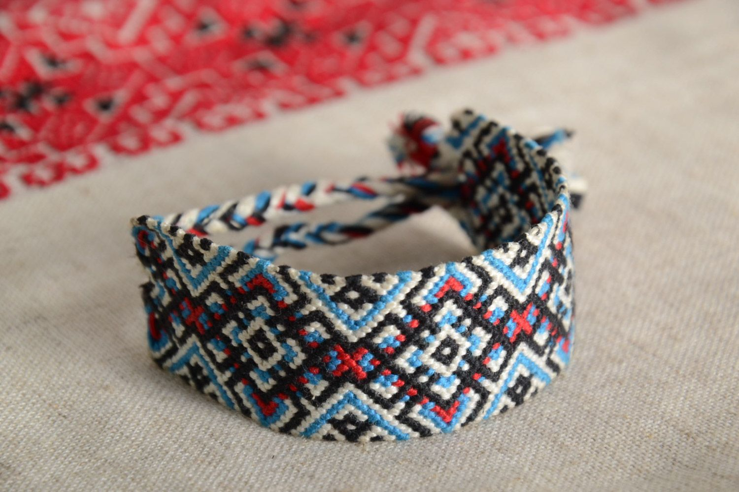 friendship id chevron tutorial bracelet embroidery