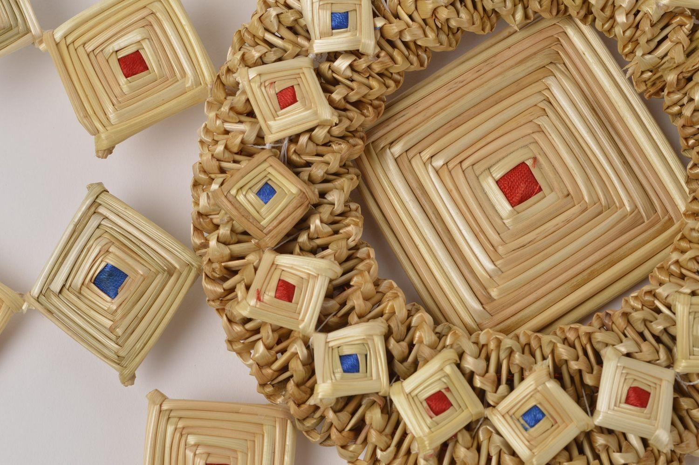 madeheart d coration de paille fait main d coration murale id e d co maison originale. Black Bedroom Furniture Sets. Home Design Ideas