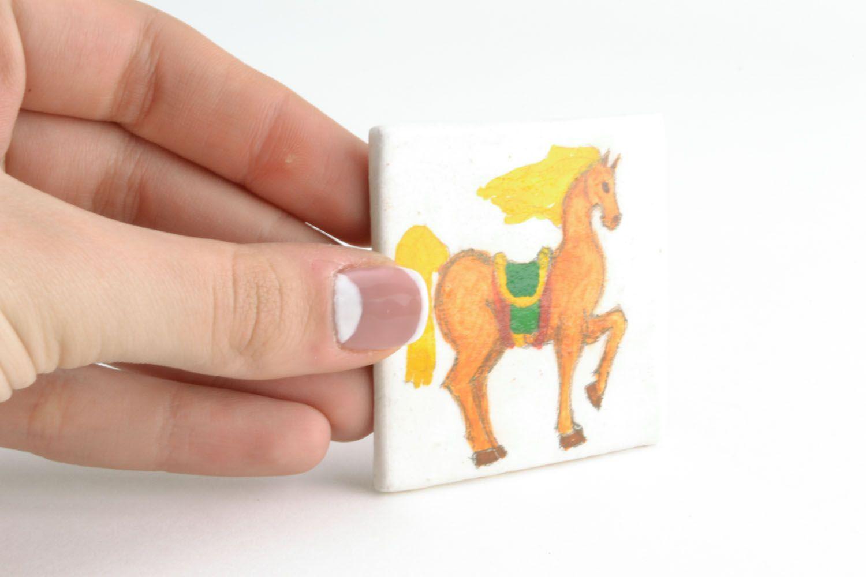 Fridge magnet made of clay Horse photo 2