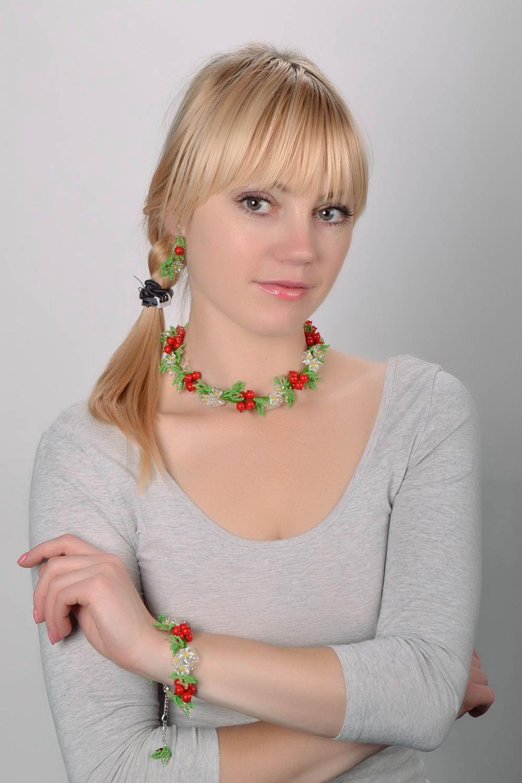 Set of beaded jewelry photo 1