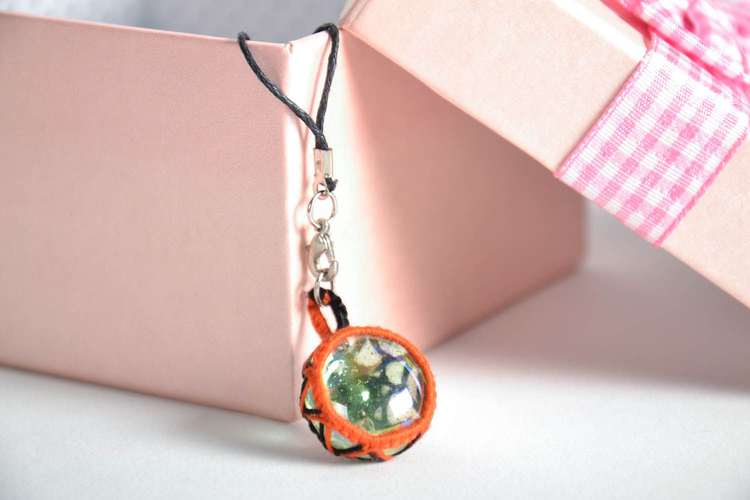 Cell phone charm photo 1