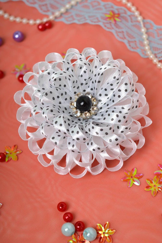Stylish handmade flower scrunchie hair tie designer hair accessories for girls photo 1