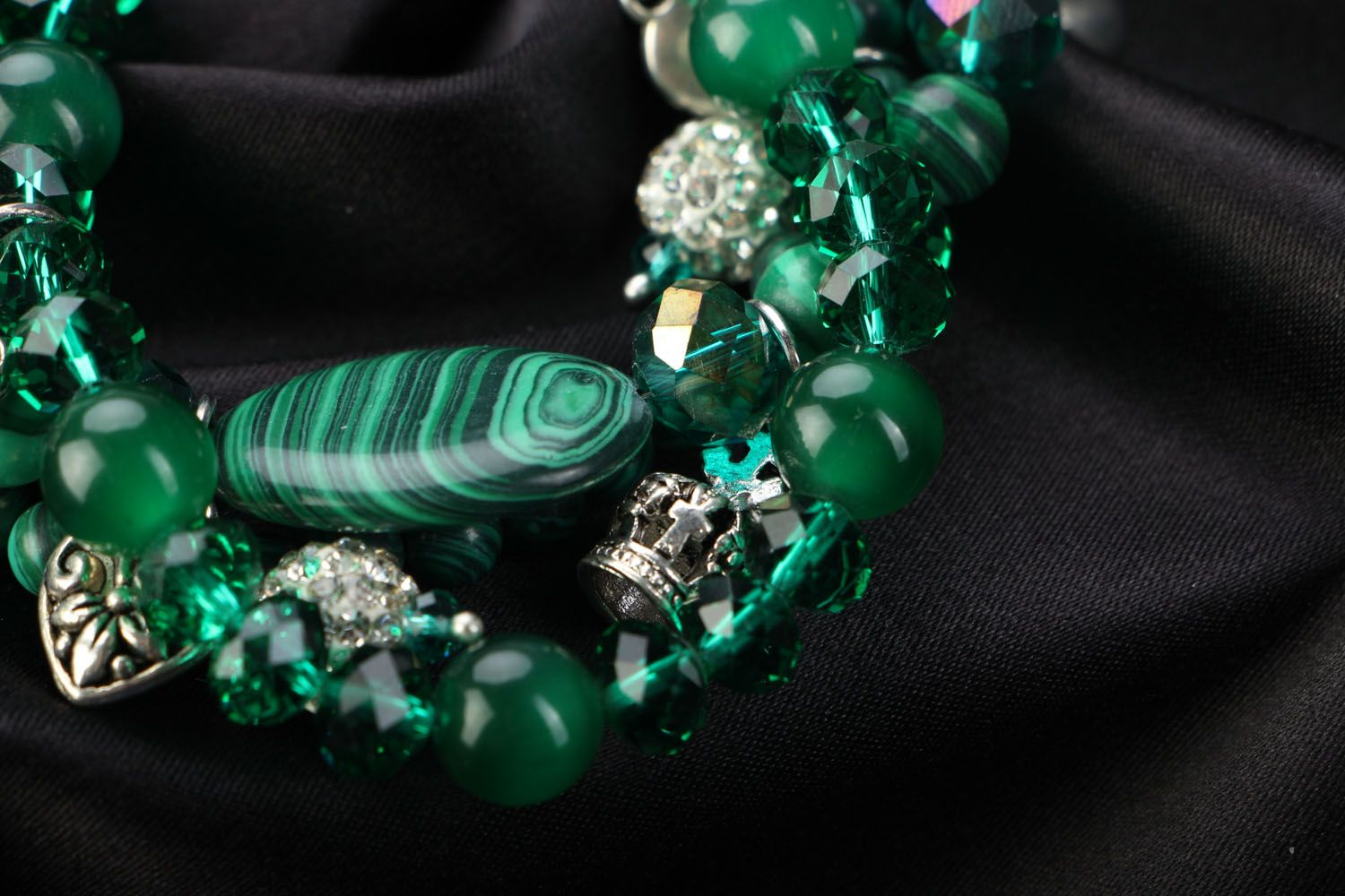 Wrist bracelet with natural stones Malachite photo 2