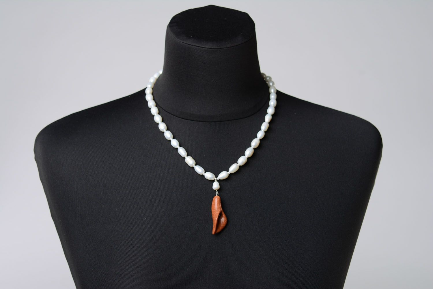 Necklace with pearls and aventurine photo 2